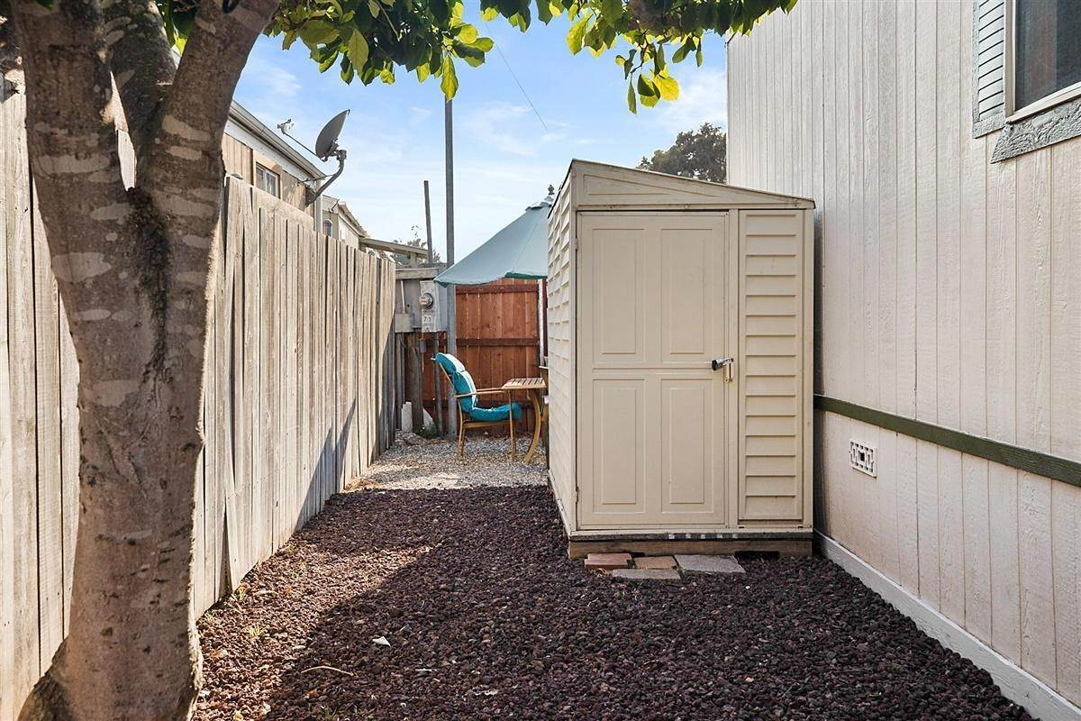 19. Manufactured Housing for Sale at 4326 Calle Real Santa Barbara, California 93110 United States