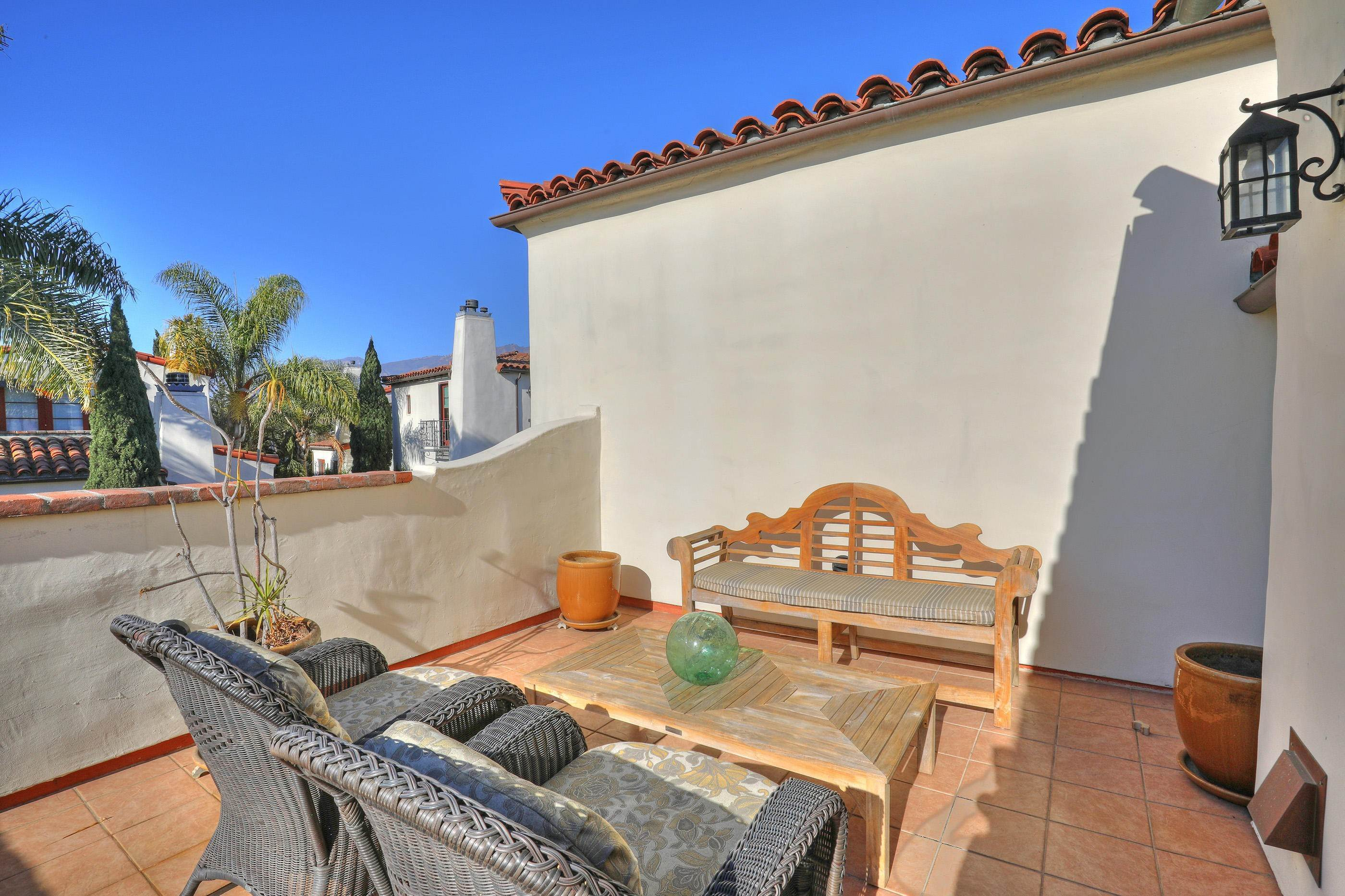 21. Co-op / Condo for Sale at 212 Santa Barbara Street Santa Barbara, California 93101 United States