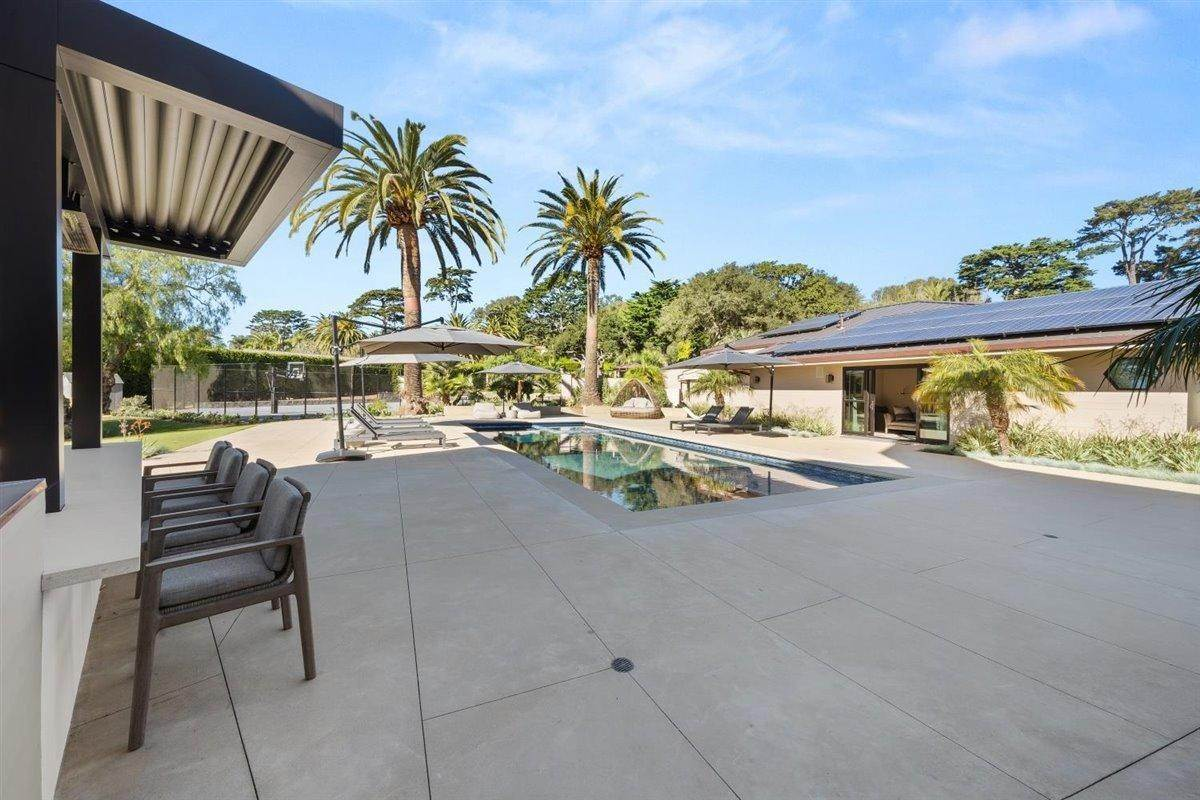 46. Estate for Sale at 4145 Creciente Drive Santa Barbara, California 93110 United States
