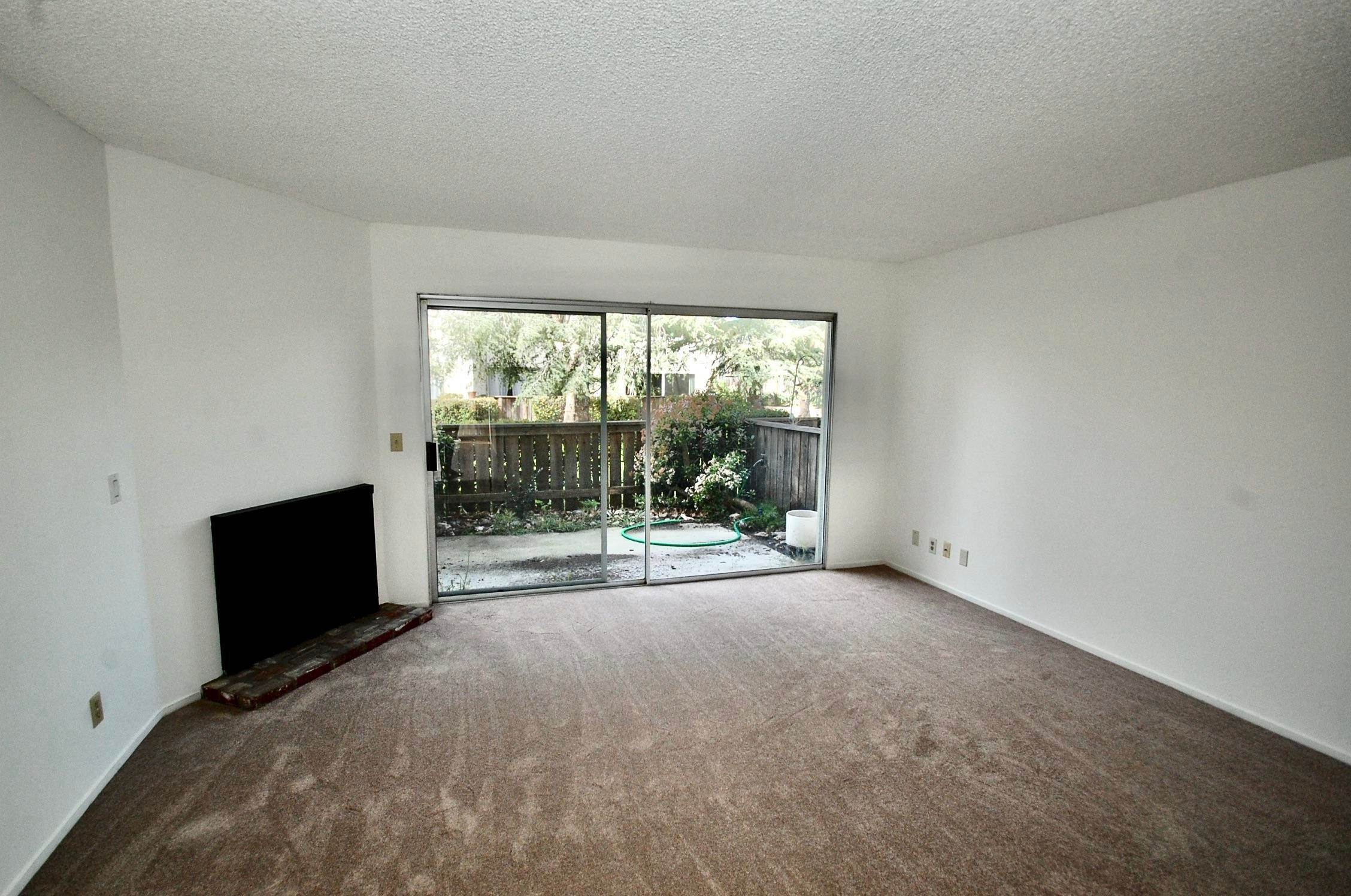 4. Co-op / Condo for Sale at 586 Mills Goleta, California 93117 United States