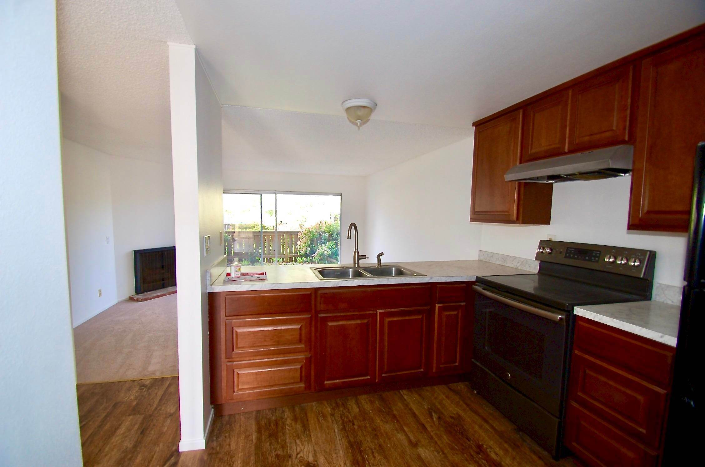 6. Co-op / Condo for Sale at 586 Mills Goleta, California 93117 United States