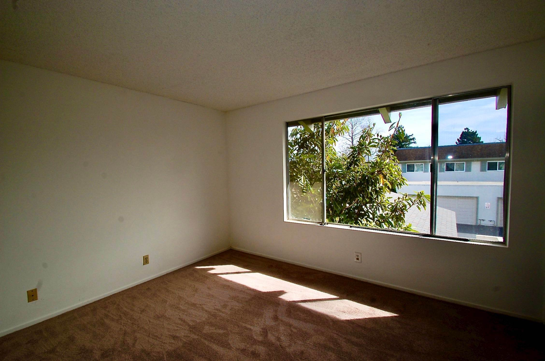 9. Co-op / Condo for Sale at 586 Mills Goleta, California 93117 United States
