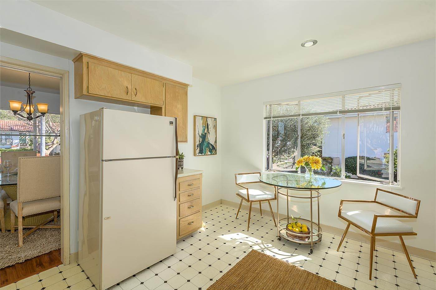 8. Co-op / Condo for Sale at 2645 Streetate Street Santa Barbara, California 93105 United States