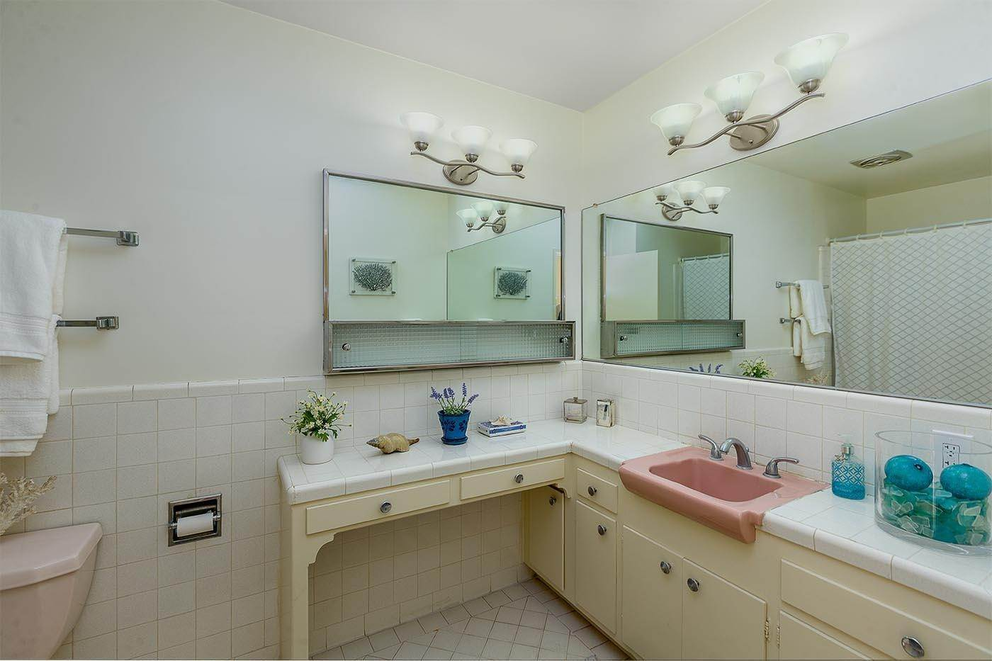 15. Co-op / Condo for Sale at 2645 Streetate Street Santa Barbara, California 93105 United States