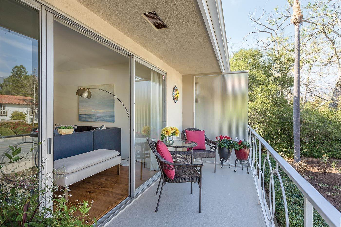 17. Co-op / Condo for Sale at 2645 Streetate Street Santa Barbara, California 93105 United States