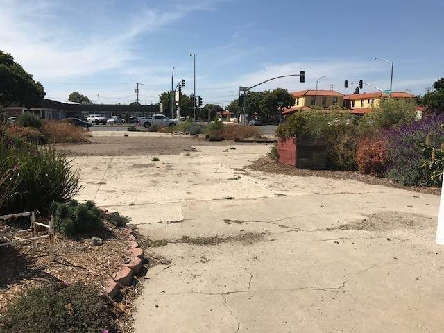 11. Commercial for Sale at 136 N H Street Lompoc, California 93436 United States