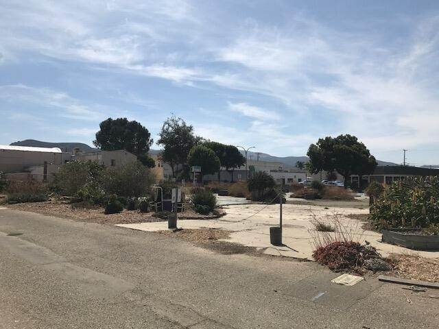 14. Commercial for Sale at 136 N H Street Lompoc, California 93436 United States