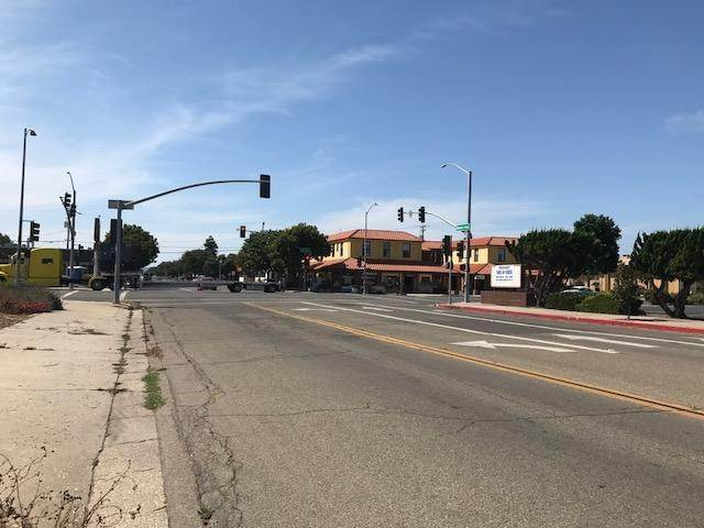 4. Commercial for Sale at 136 N H Street Lompoc, California 93436 United States