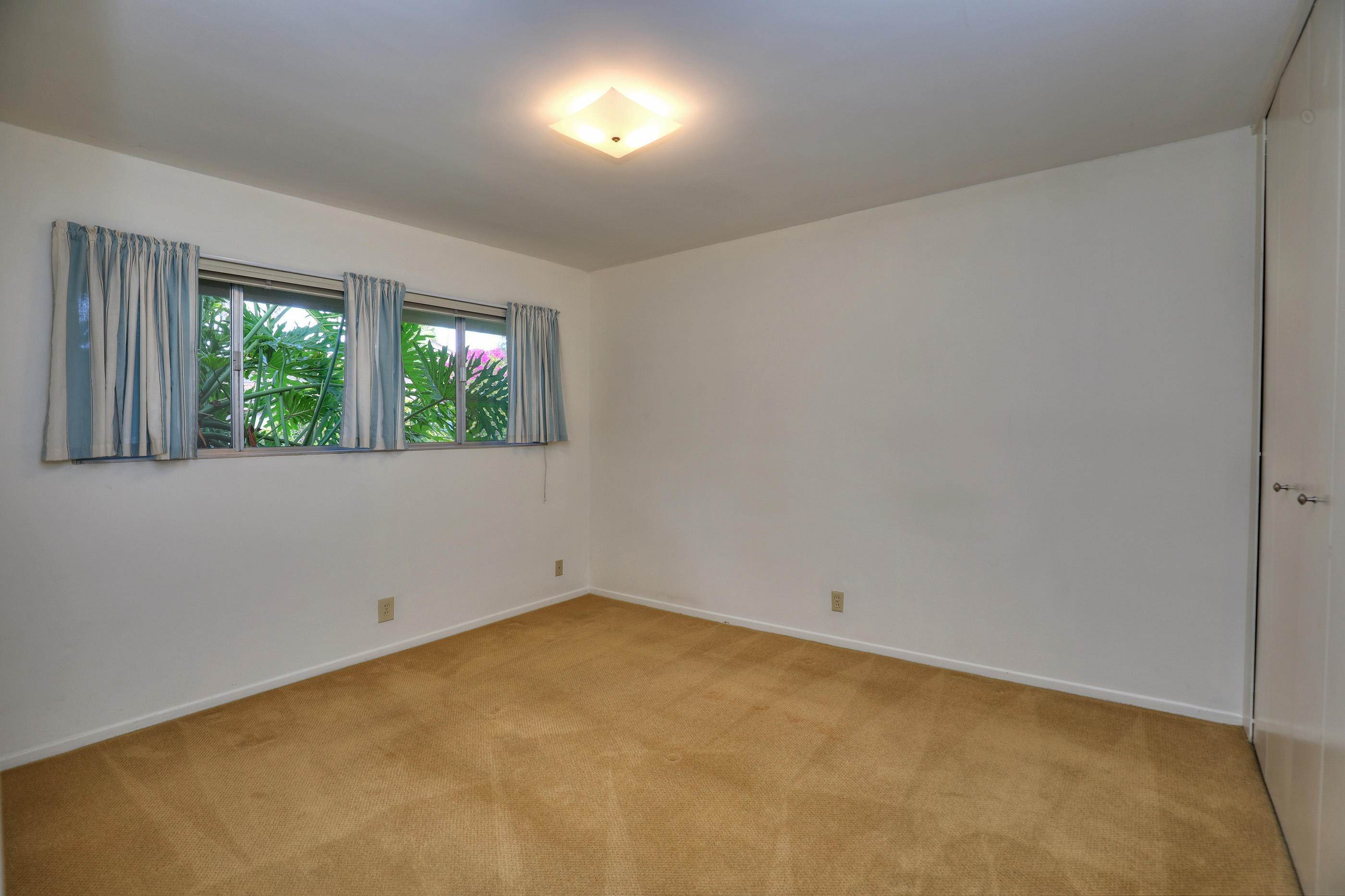 8. Co-op / Condo for Sale at 290 Moreton Bay Lane #1 Goleta, California 93117 United States