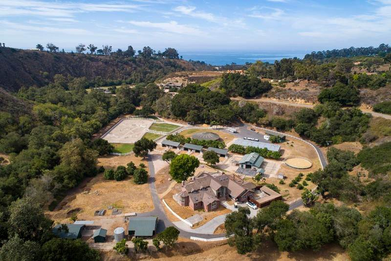 Farm and Ranch Properties por un Venta en 800 Rincon Hill Road Carpinteria, California 93013 Estados Unidos