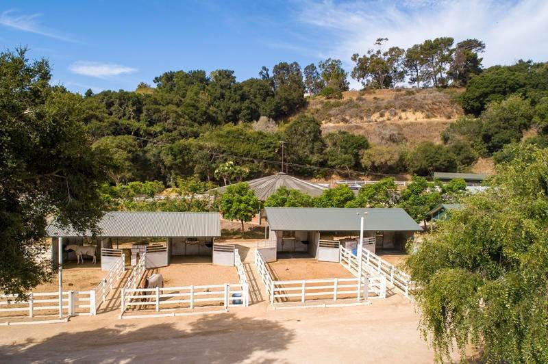 9. Farm and Ranch Properties for Sale at 800 Rincon Hill Road Carpinteria, California 93013 United States