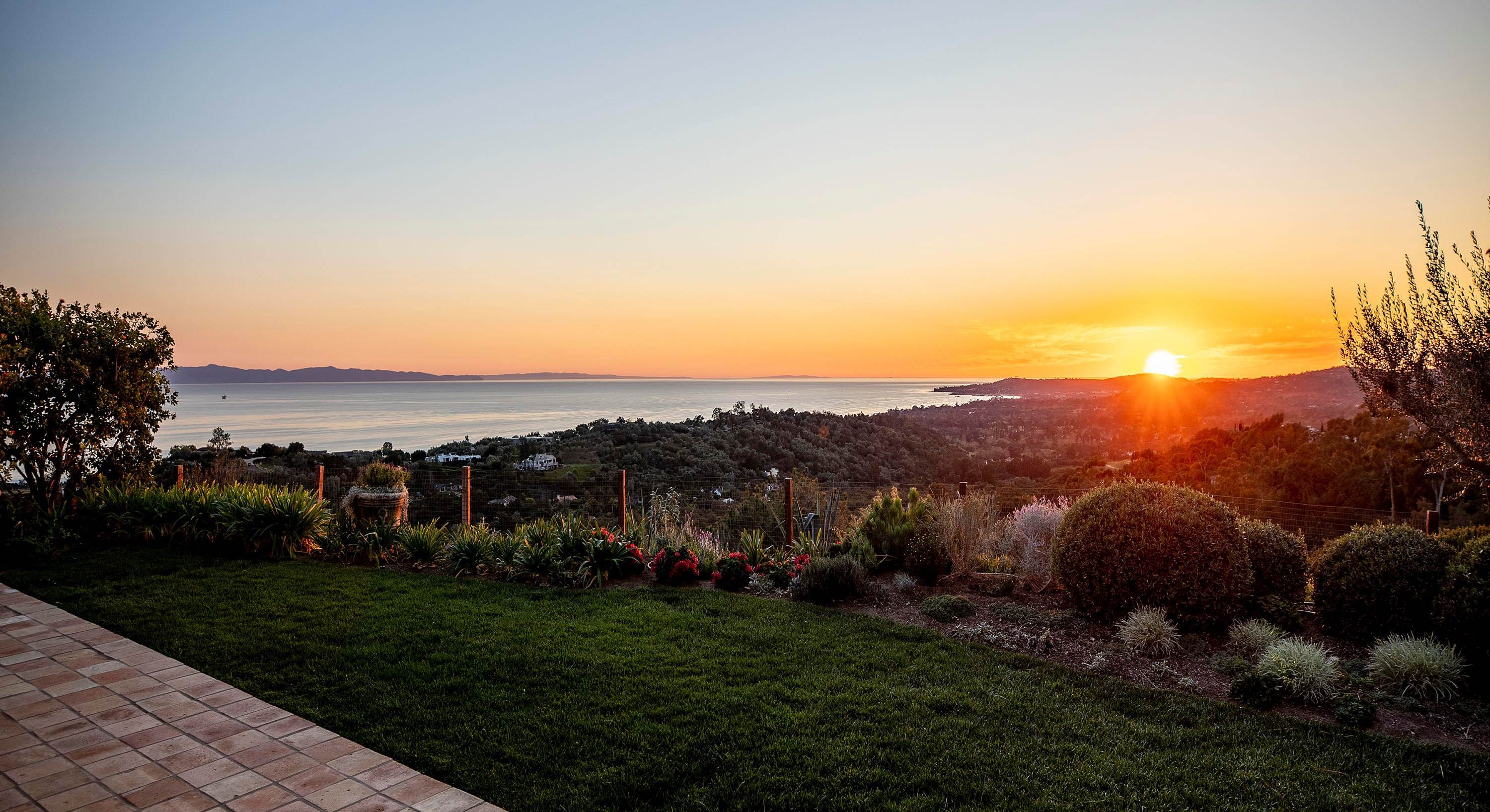 Estate at 2898 Hidden Valley Lane Santa Barbara, California 93108 United States