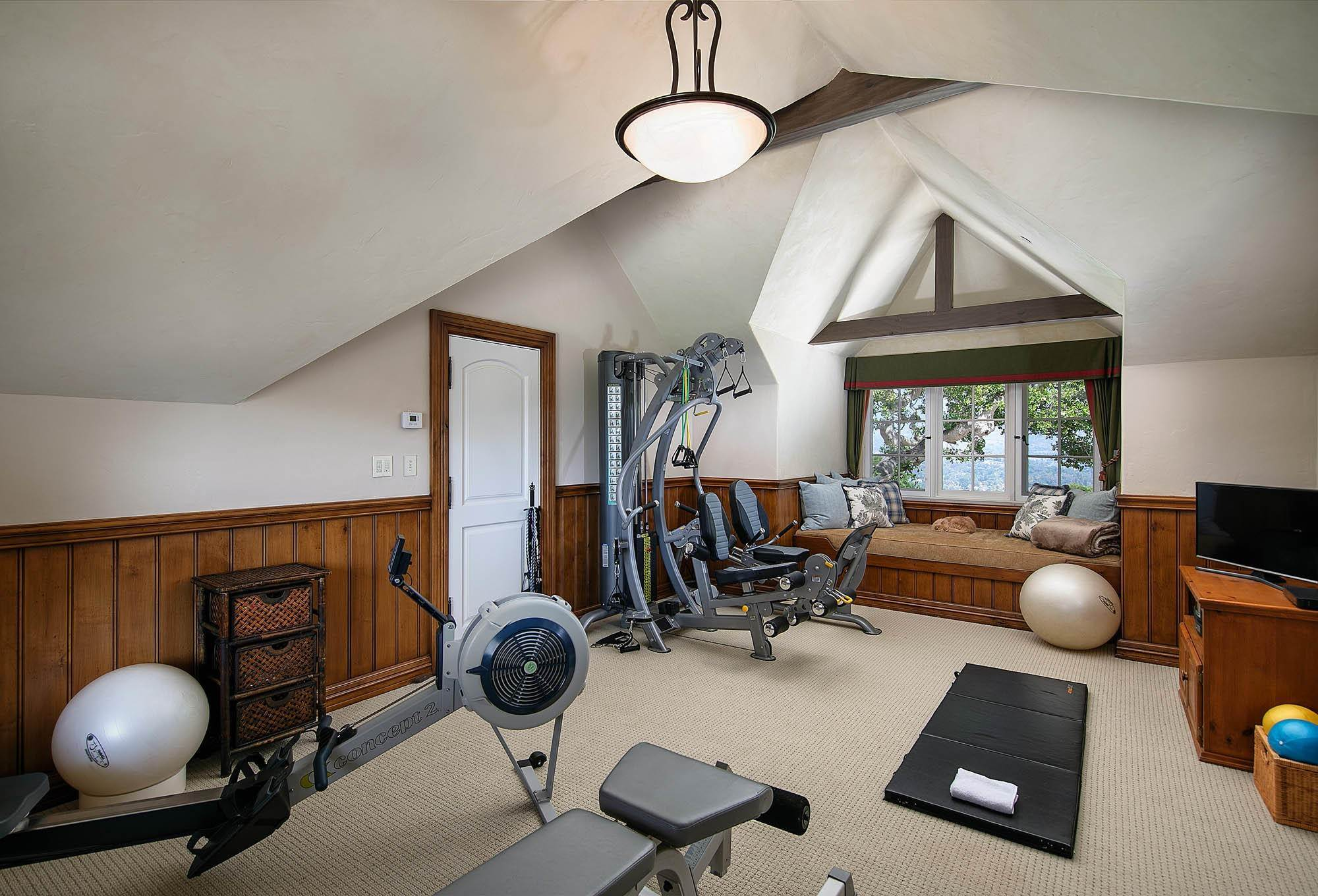 19. Estate for Sale at 4180 Cresta Avenue Santa Barbara, California 93110 United States