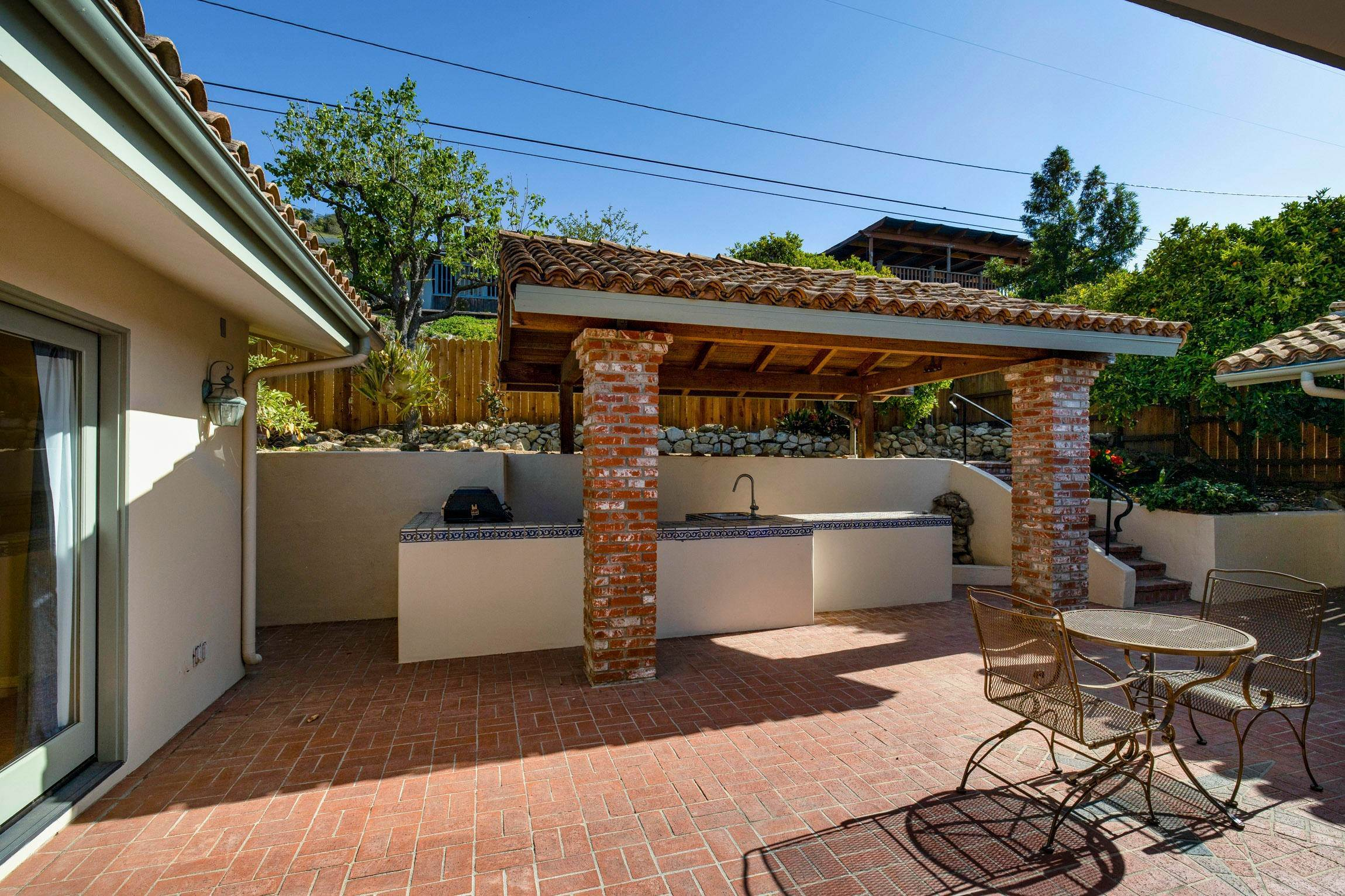 3. Estate for Sale at 3054 Lucinda Lane Santa Barbara, California 93105 United States