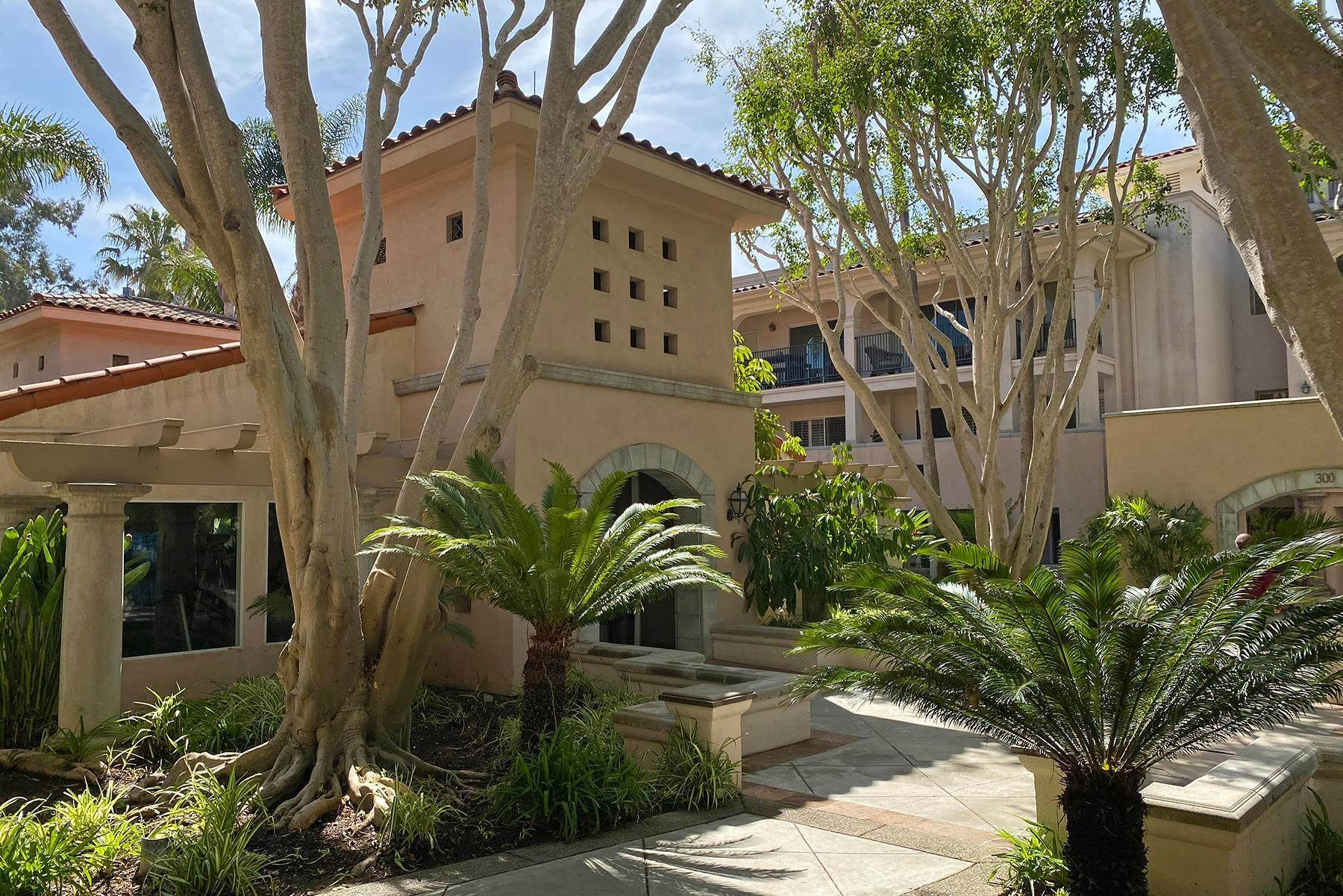14. Co-op / Condo for Sale at 239 Por La Mar Circle Santa Barbara, California 93103 United States