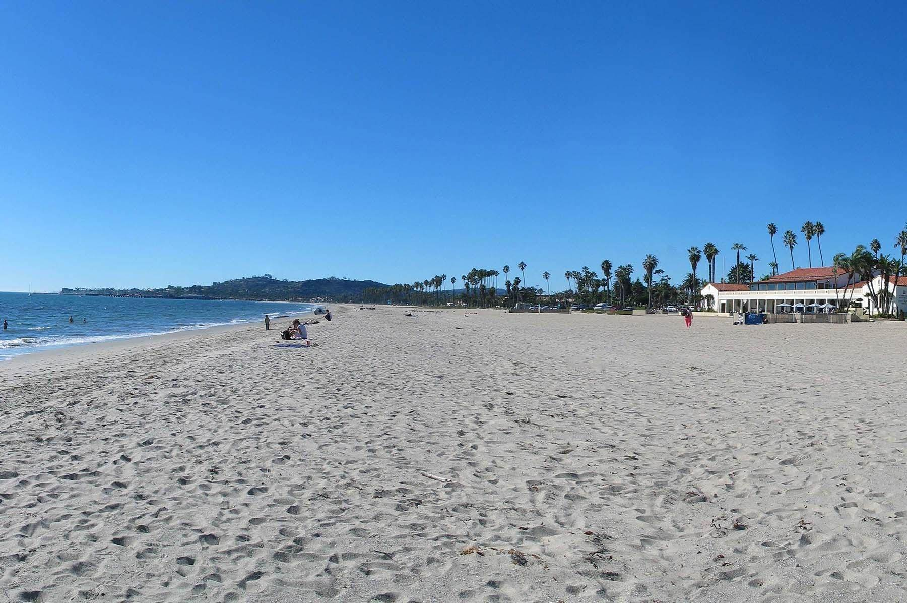 25. Co-op / Condo for Sale at 239 Por La Mar Circle Santa Barbara, California 93103 United States