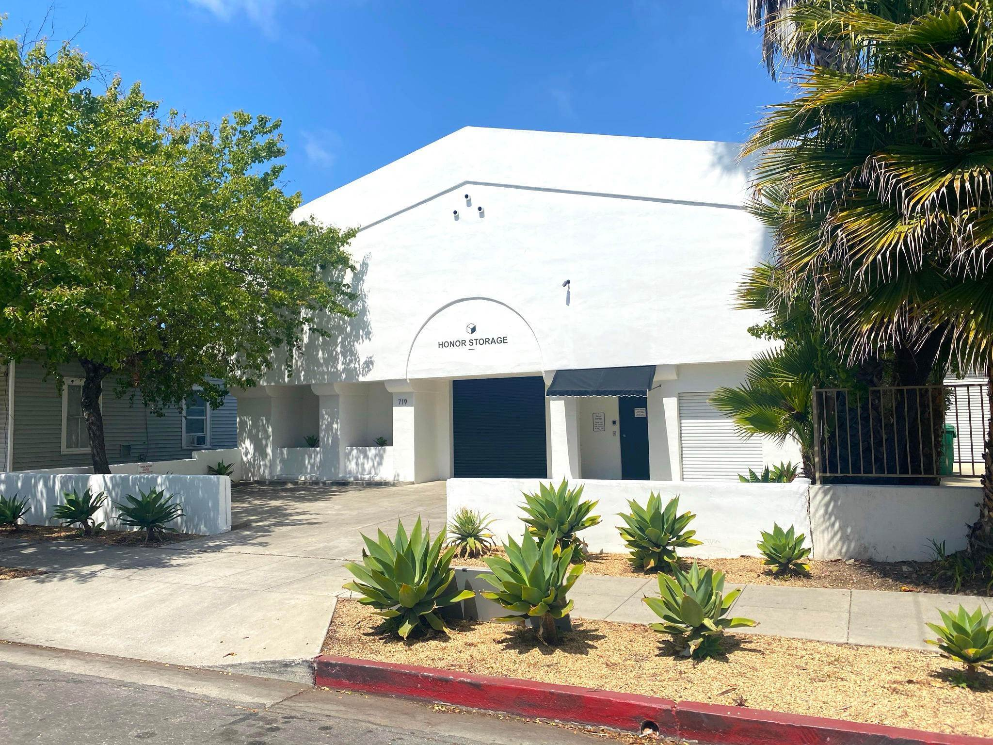 Commercial for Sale at 719 Bond Avenue Santa Barbara, California 93103 United States