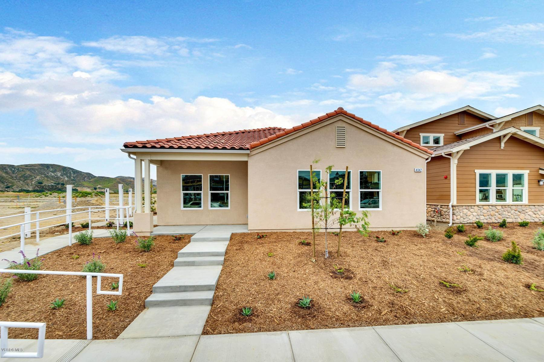 Single Family Homes por un Venta en 4042 Aurora Way Piru, California 93040 Estados Unidos