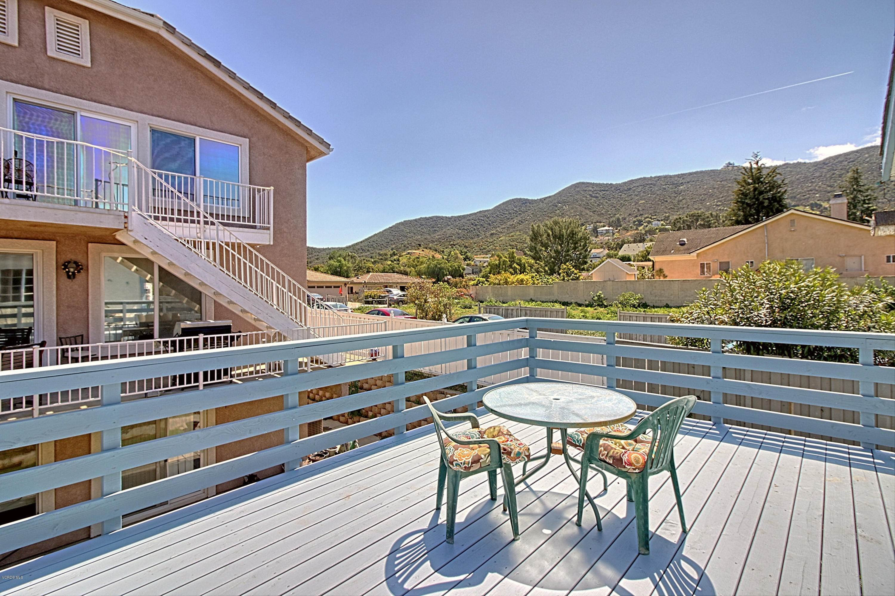 10. Single Family Homes for Sale at 188 Elm Road Newbury Park, California 91320 United States