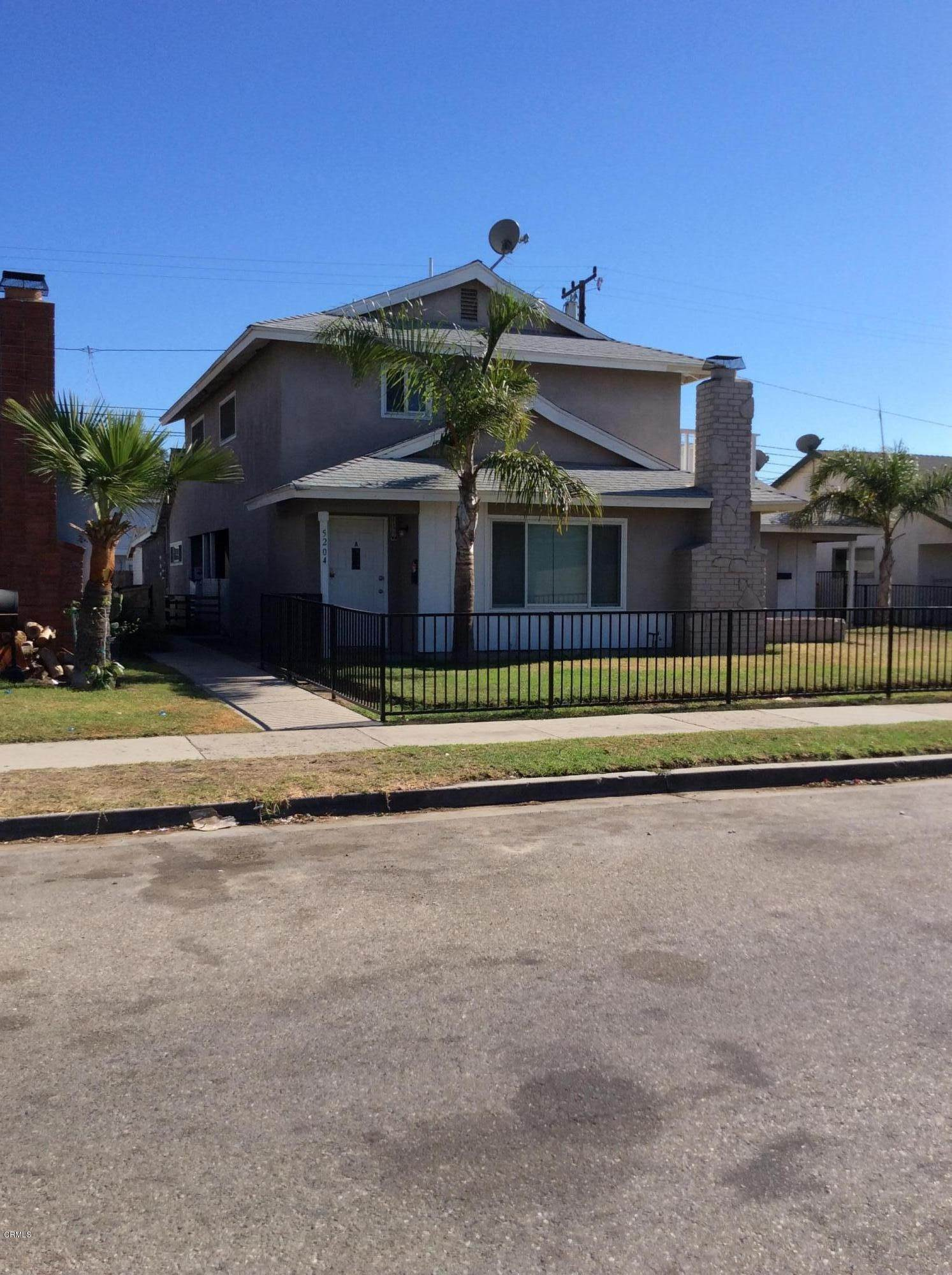 Triplex for Sale at 5204 Charles Street Oxnard, California 93033 United States