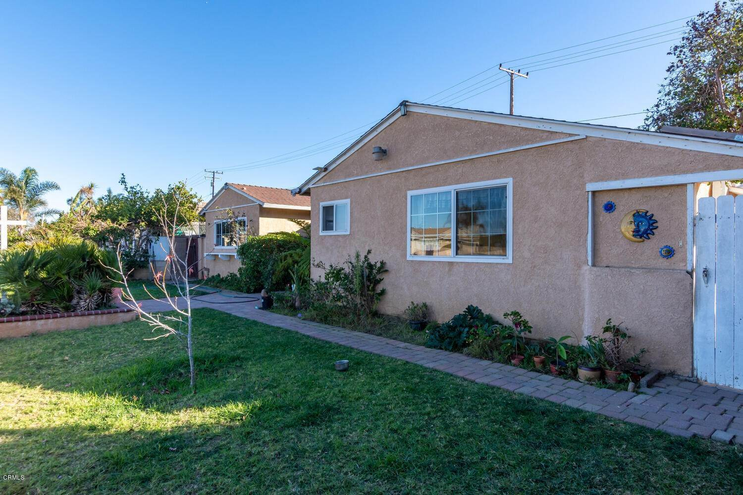2. Single Family Homes for Sale at 518 Teakwood Street Oxnard, California 93033 United States