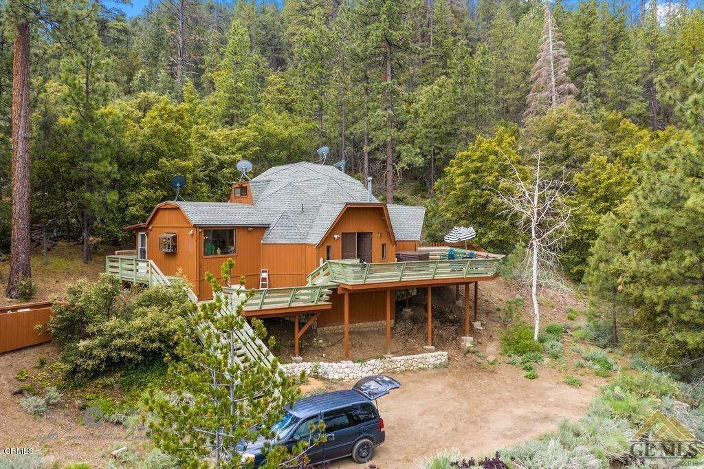 Single Family Homes for Sale at 1521 Zermatt Drive Pine Mountain Club, California 93222 United States
