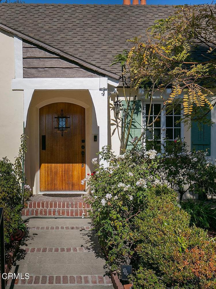 4. Single Family Homes for Sale at 441 East Glenarm Street Pasadena, California 91106 United States