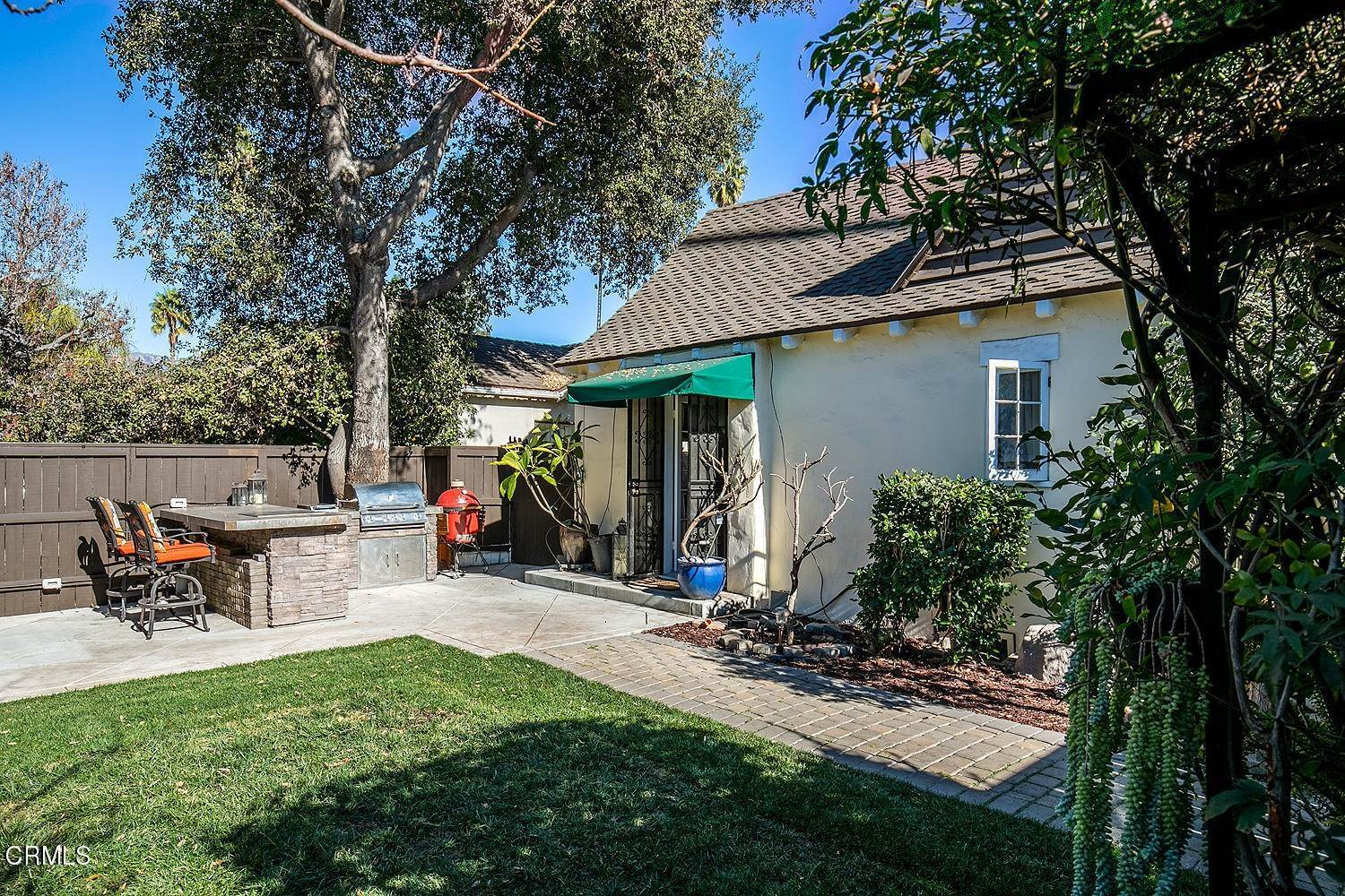26. Single Family Homes for Sale at 441 East Glenarm Street Pasadena, California 91106 United States