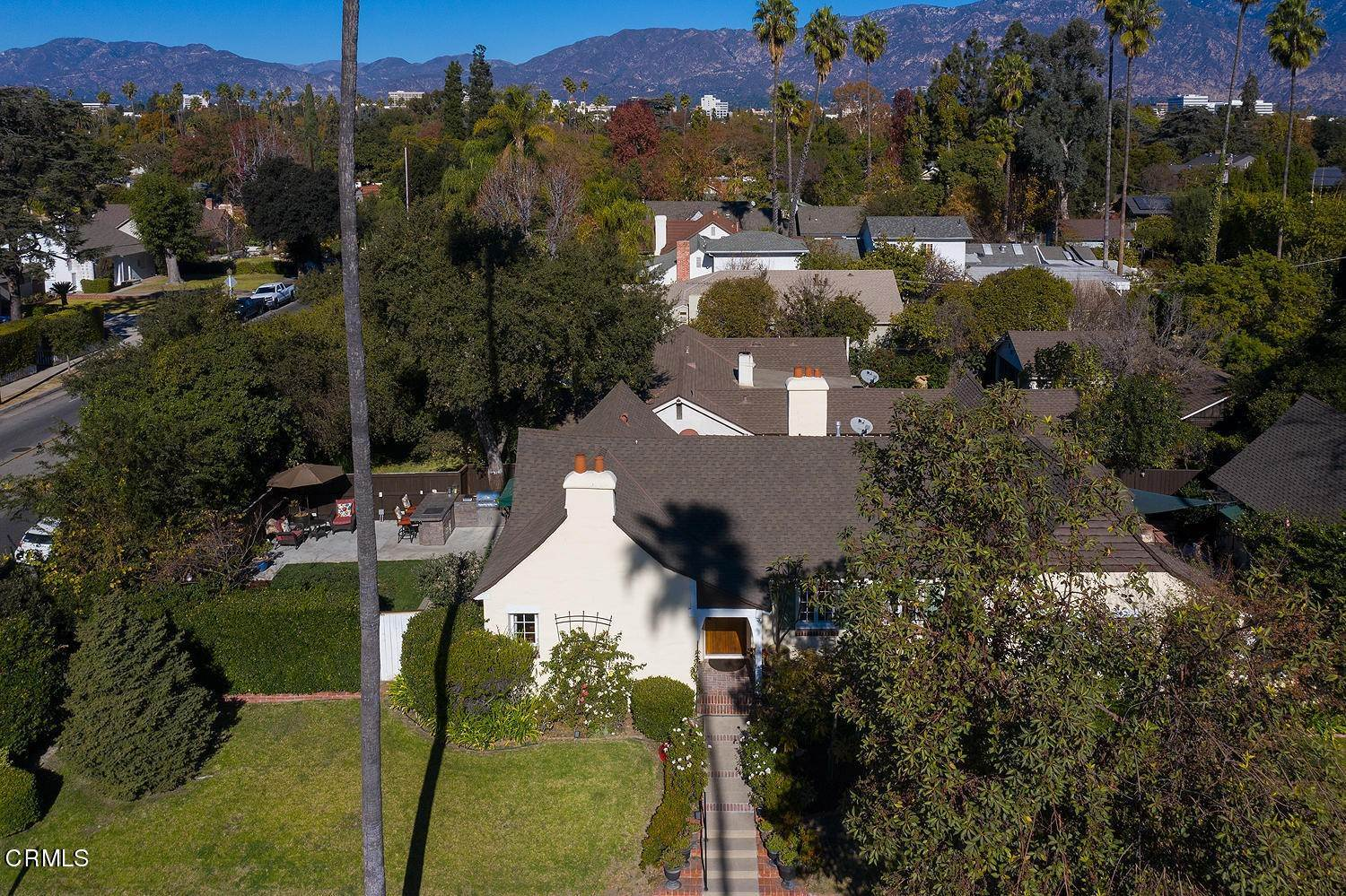 32. Single Family Homes for Sale at 441 East Glenarm Street Pasadena, California 91106 United States