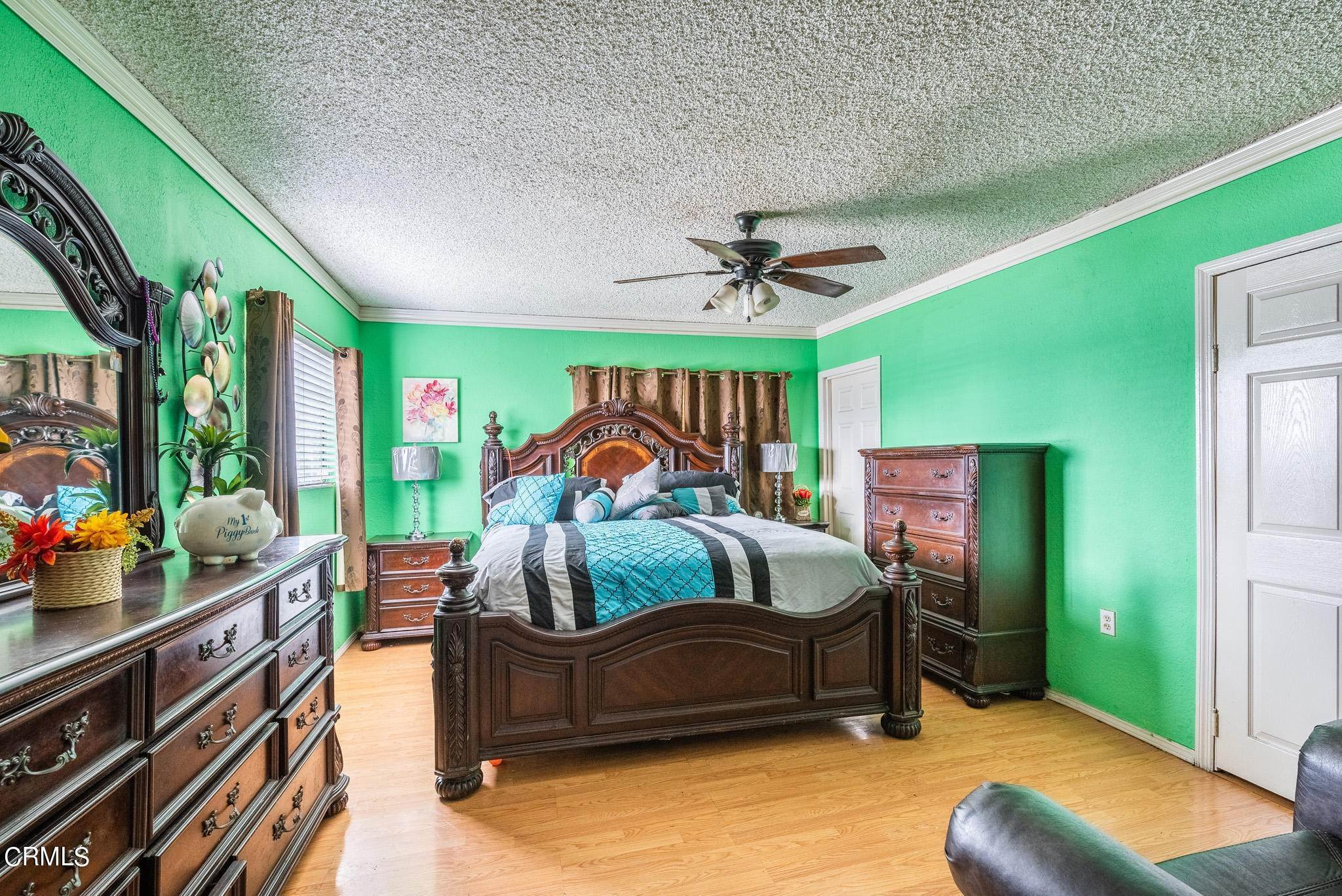 9. Single Family Homes for Sale at 1301 East 104th Street Los Angeles, California 90002 United States