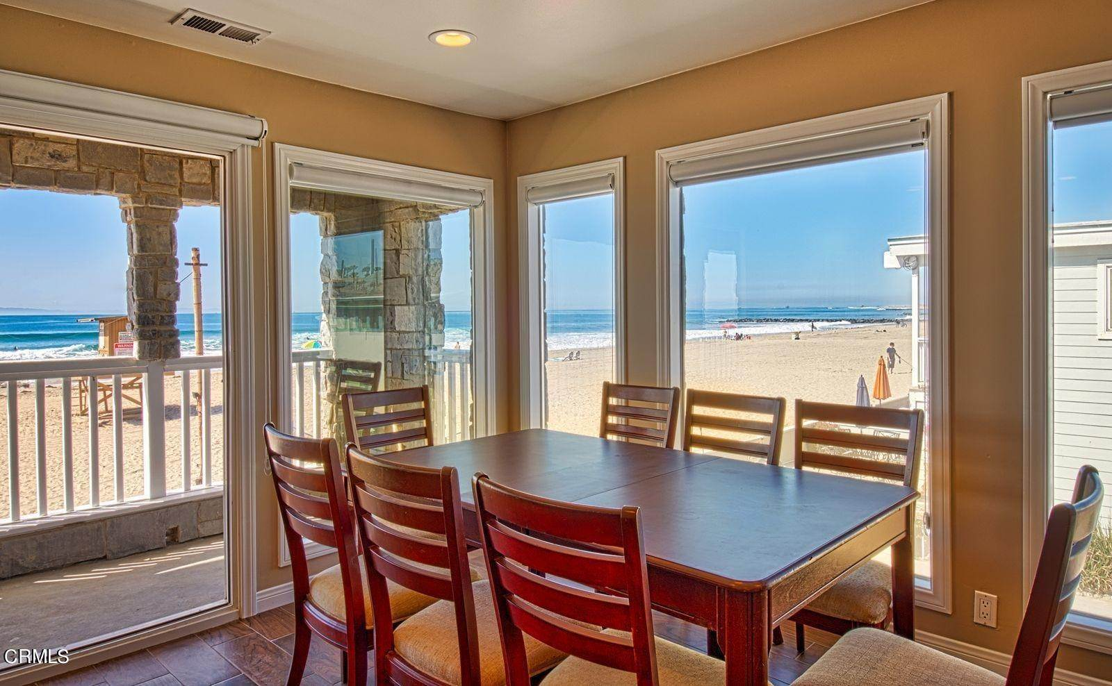 7. Single Family Homes for Sale at 3515 Seashore Drive Newport Beach, California 92663 United States