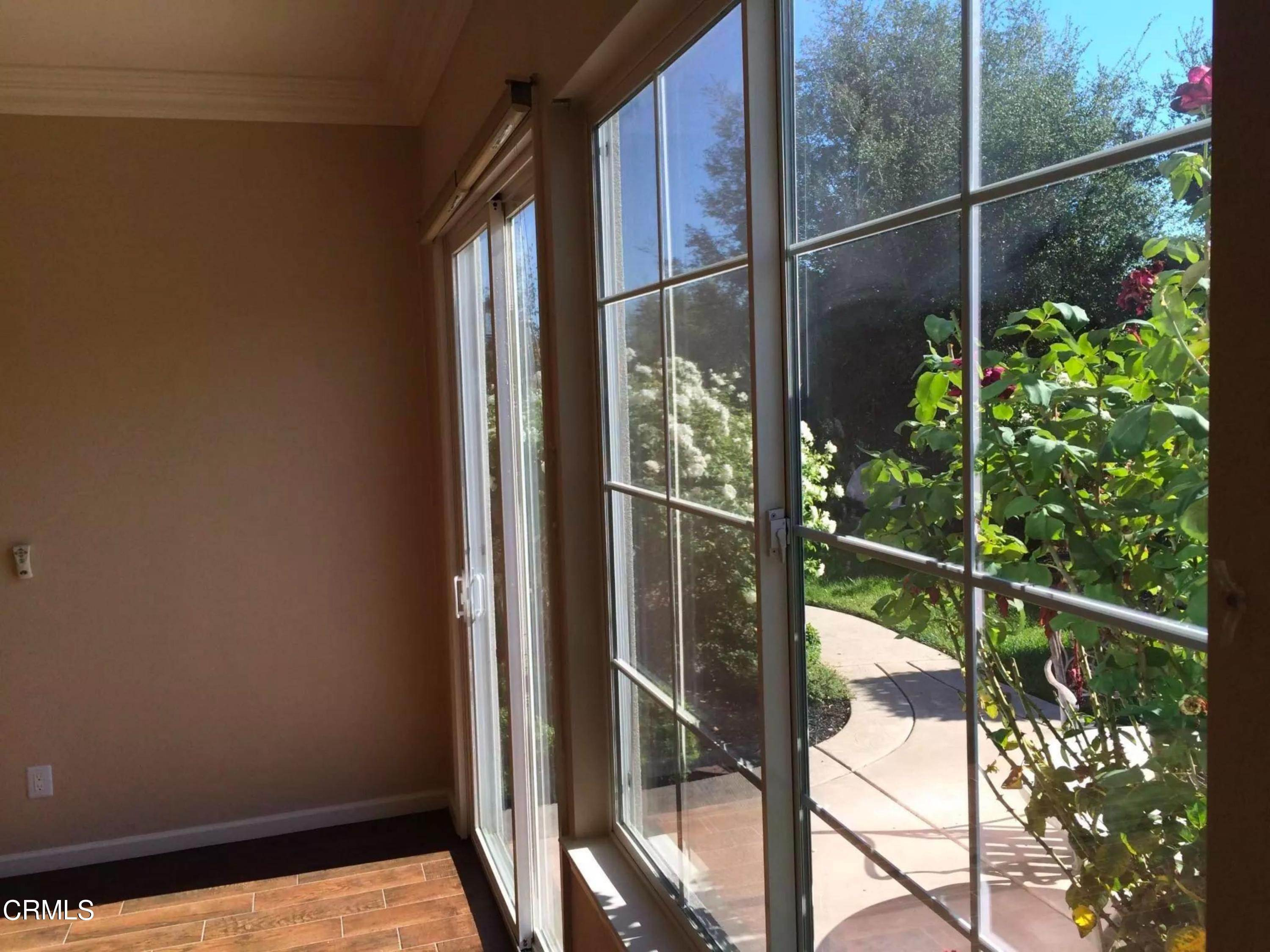27. Single Family Homes for Sale at 1979 Beltaine Court Vallejo, California 94591 United States