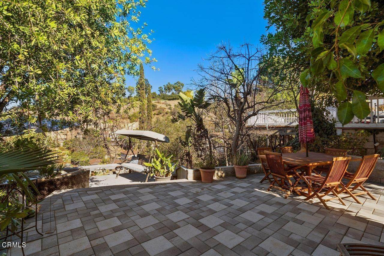 40. Single Family Homes for Sale at 1781 Sunny Heights Drive Los Angeles, California 90065 United States