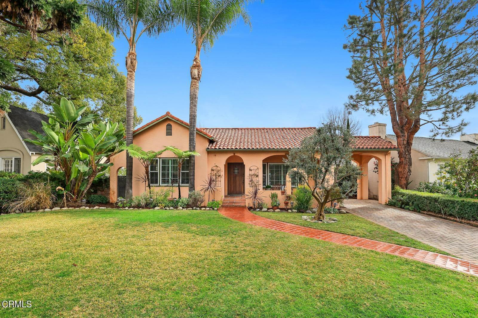 Single Family Homes por un Venta en 350 Duane Avenue San Gabriel, California 91775 Estados Unidos