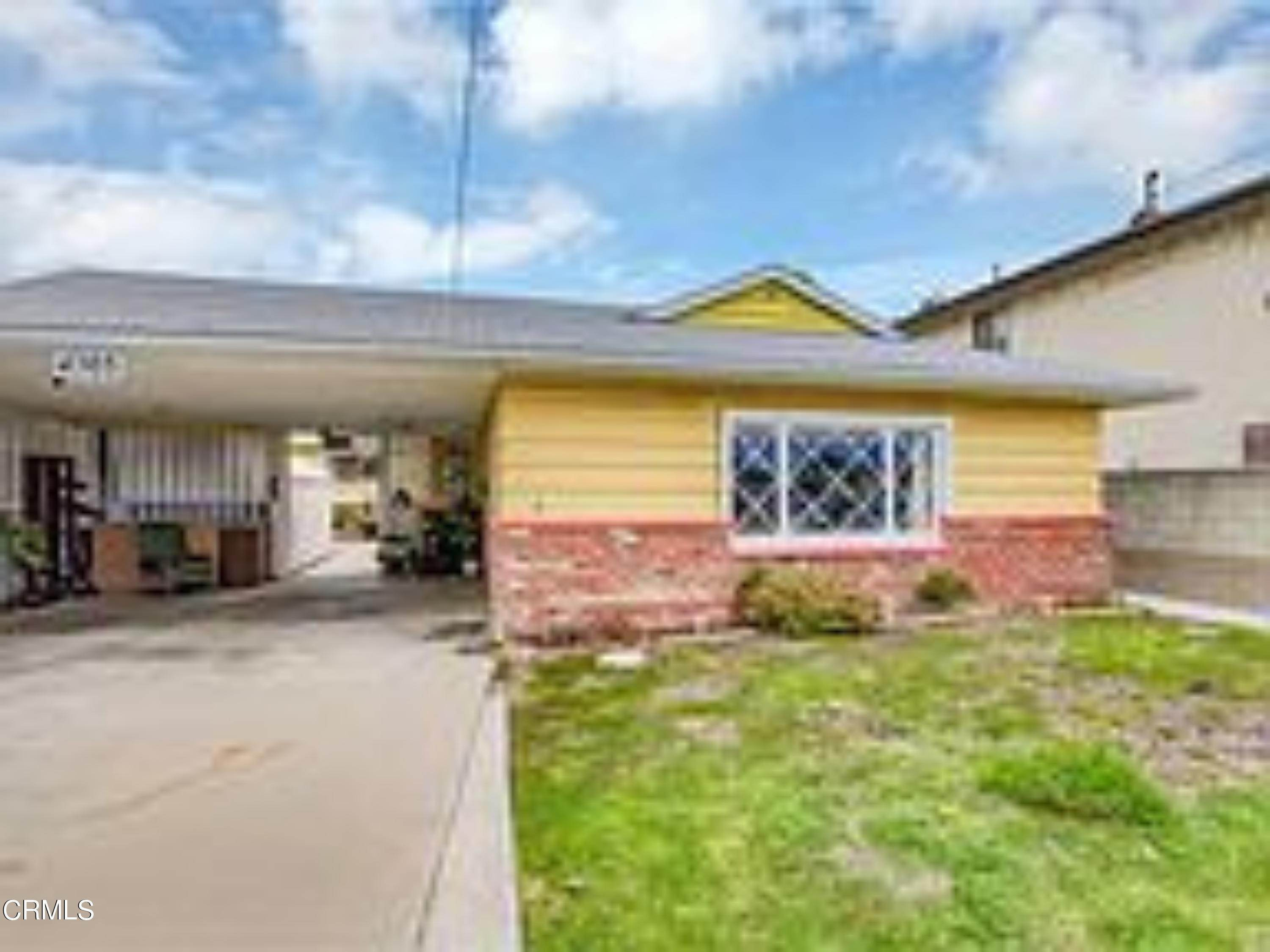 38. Single Family Homes for Sale at 4203 West 141st Street Hawthorne, California 90250 United States