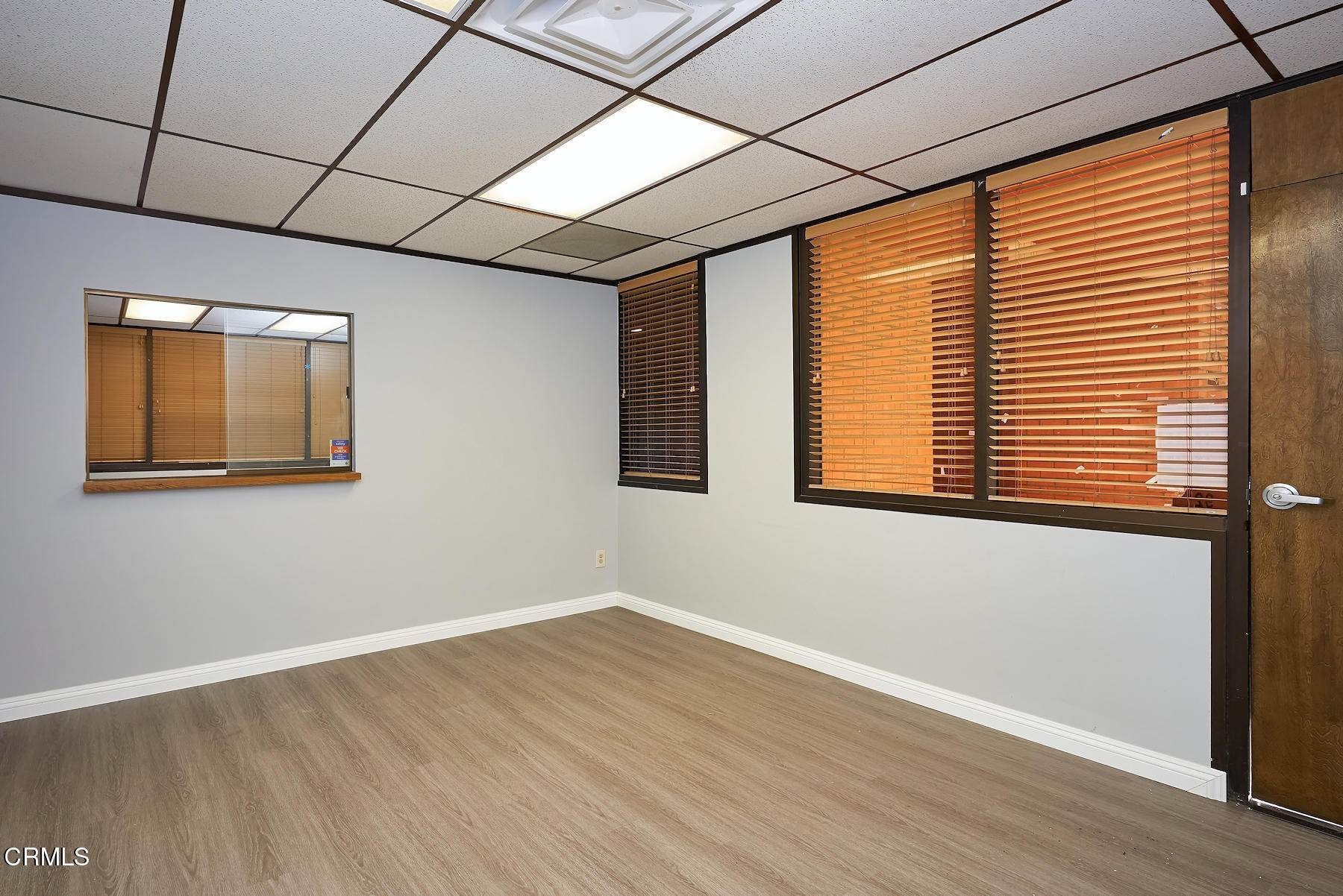6. Offices for Sale at 921 West 7th Street Oxnard, California 93030 United States