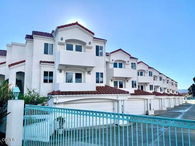 Condominiums for Sale at 717 Pacific Street #2 717 Pacific Street Morro Bay, California 93442 United States