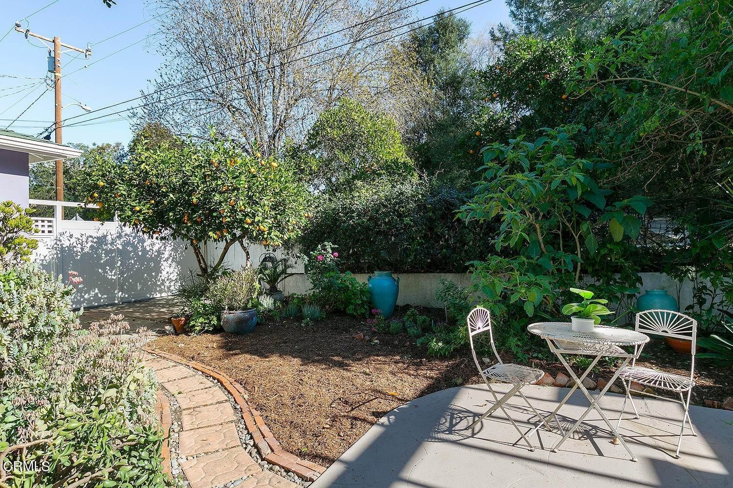 28. Single Family Homes for Sale at 98 Pinecrest Drive South Pasadena, California 91030 United States