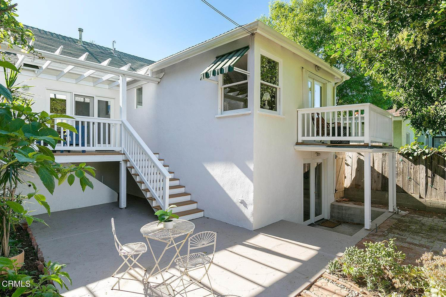 32. Single Family Homes for Sale at 98 Pinecrest Drive South Pasadena, California 91030 United States
