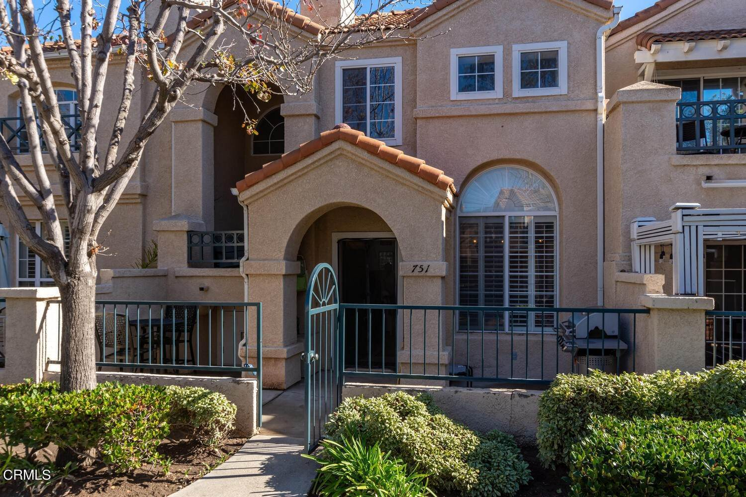townhouses for Sale at 751 Kingfisher Way Oxnard, California 93030 United States