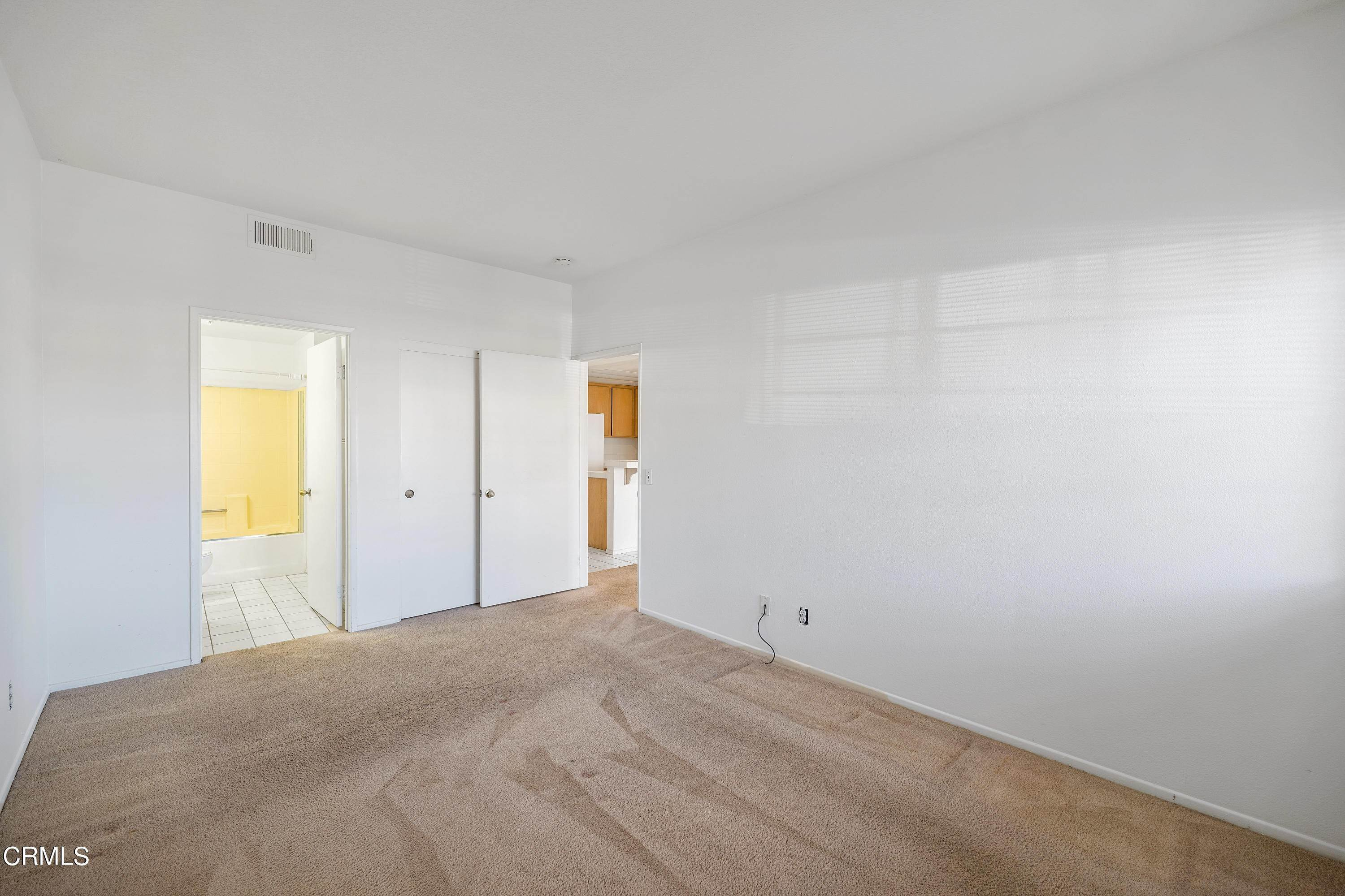 11. Condominiums for Sale at 2069 Blackberry Circle Oxnard, California 93036 United States