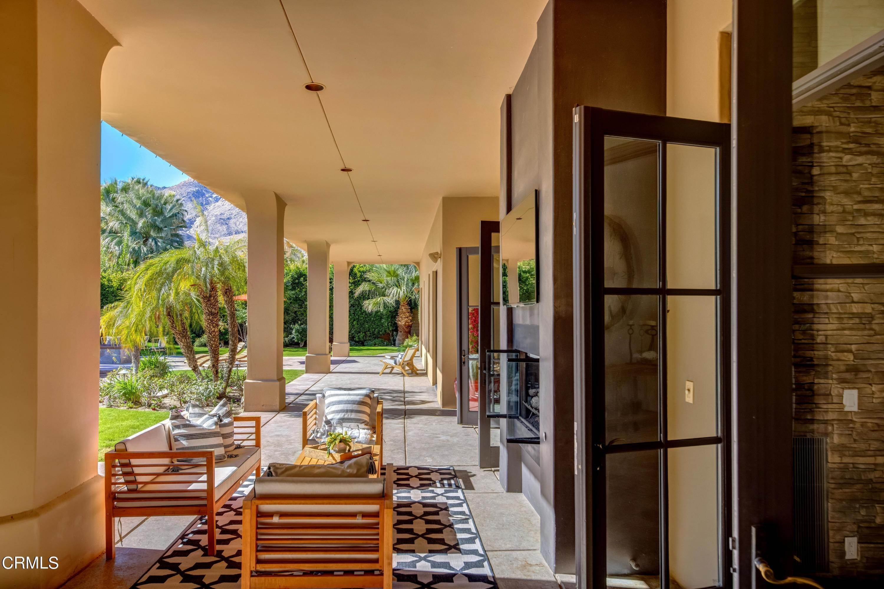 43. Single Family Homes for Sale at 64435 Via Risso Palm Springs, California 92264 United States