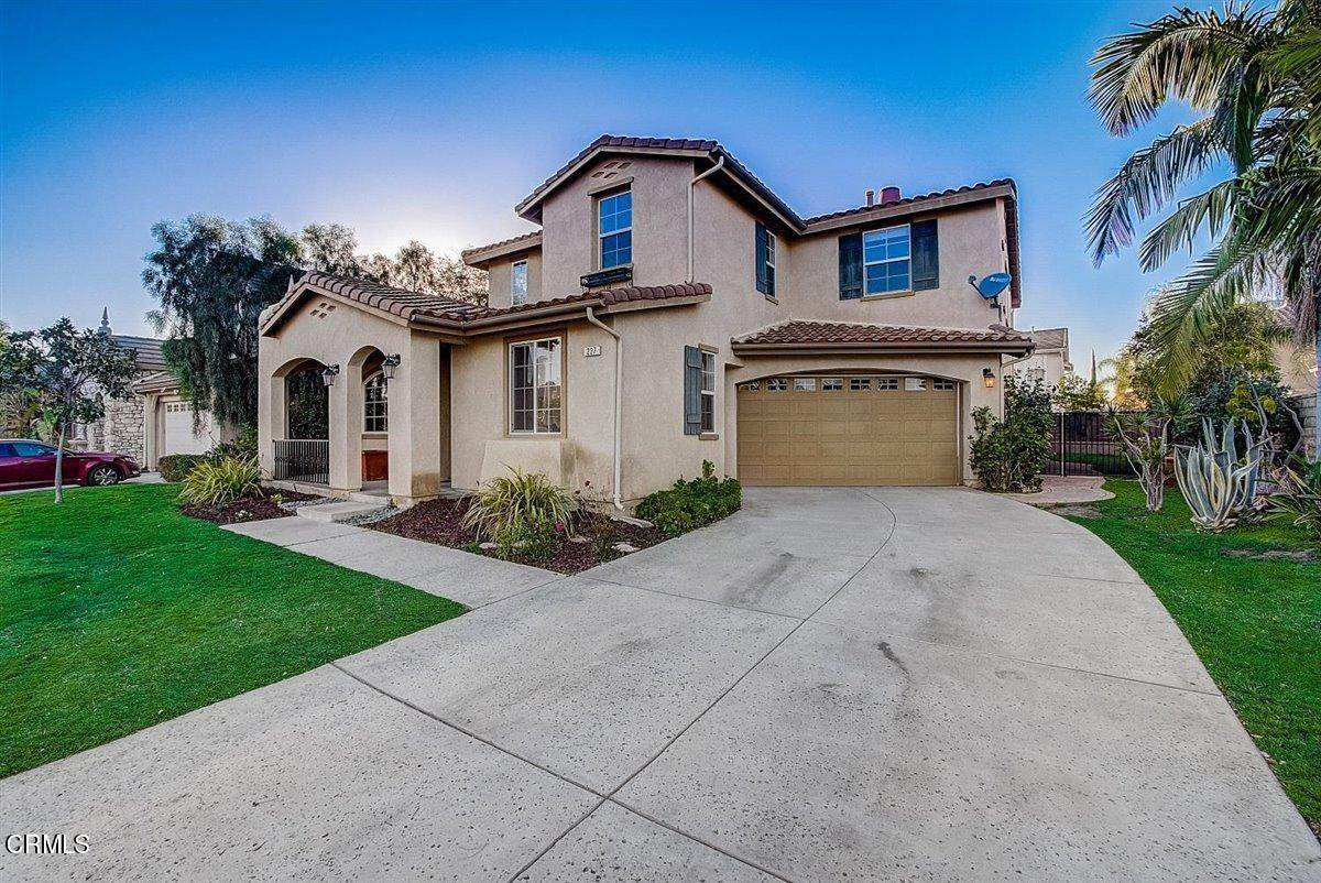 3. Single Family Homes for Sale at 237 Trellis Place Camarillo, California 93012 United States