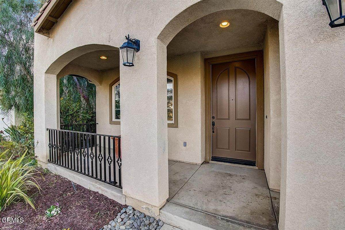 8. Single Family Homes for Sale at 237 Trellis Place Camarillo, California 93012 United States