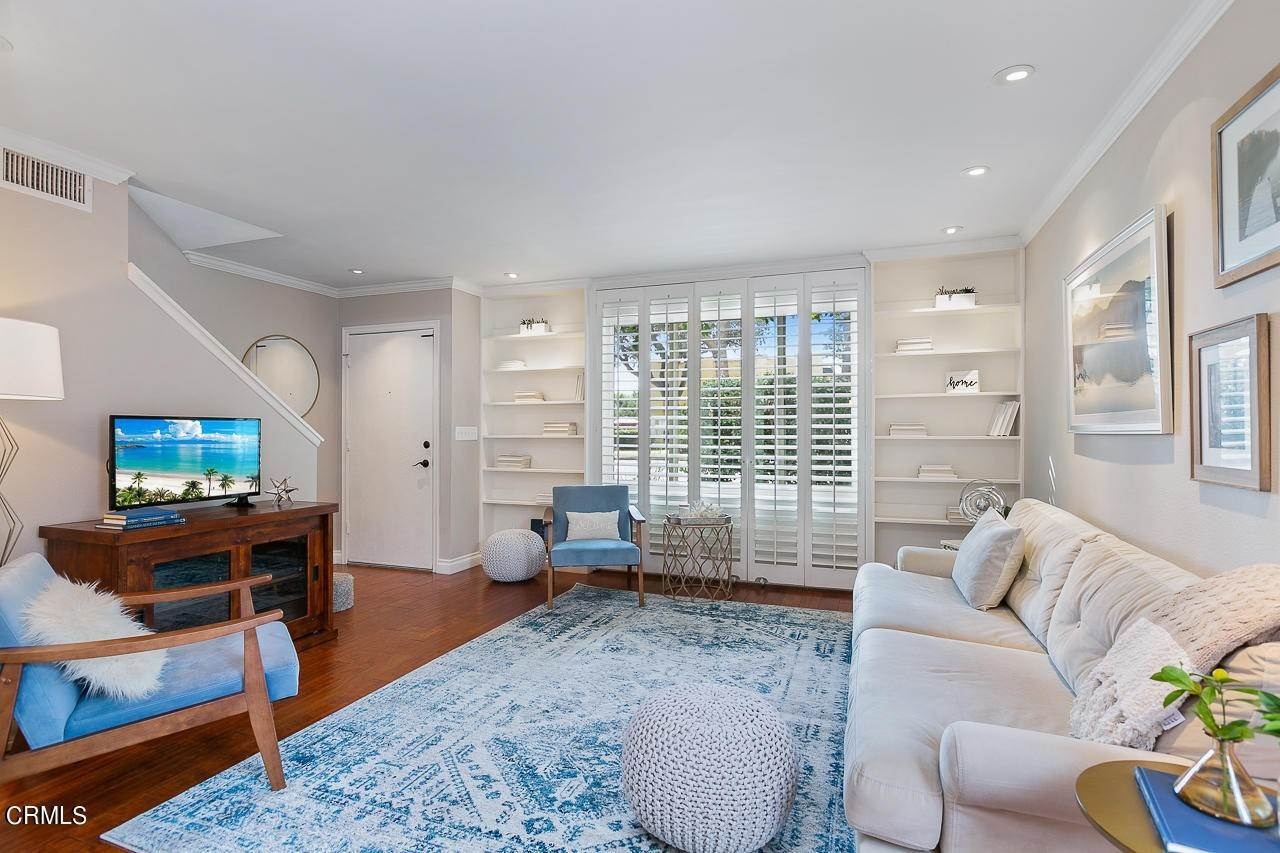 5. Single Family Homes for Sale at 546 North Marengo Ave. Avenue #2 546 North Marengo Ave. Avenue Pasadena, California 91101 United States