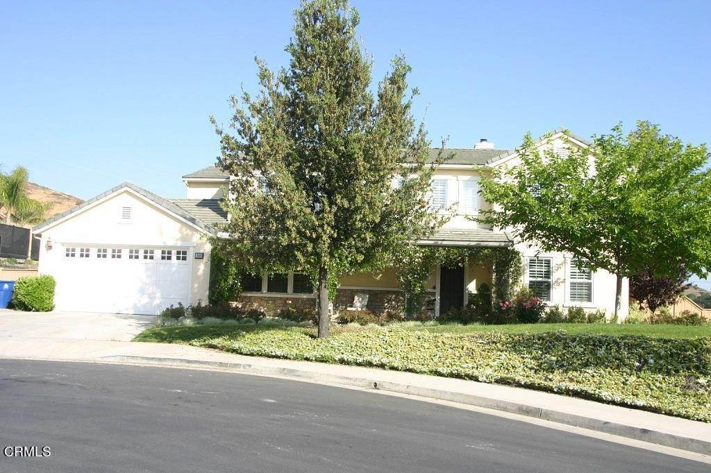 Single Family Homes for Sale at 10806 West Oak Mountain Place Shadow Hills, California 91040 United States