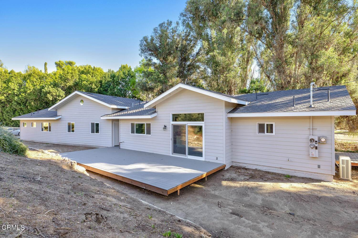 30. Single Family Homes for Sale at 39 - 41 Ramona Place Camarillo, California 93010 United States