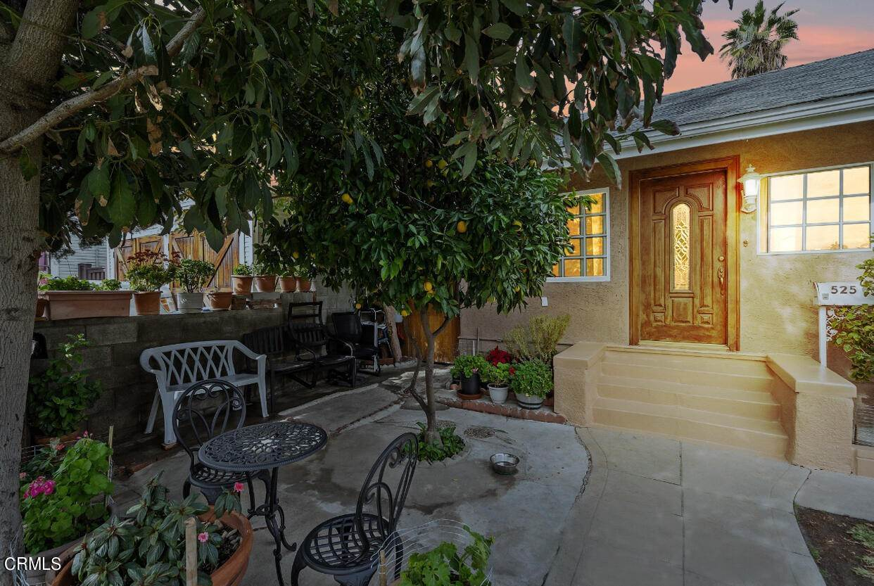 2. Single Family Homes for Sale at 525 East Mountain Street Pasadena, California 91104 United States