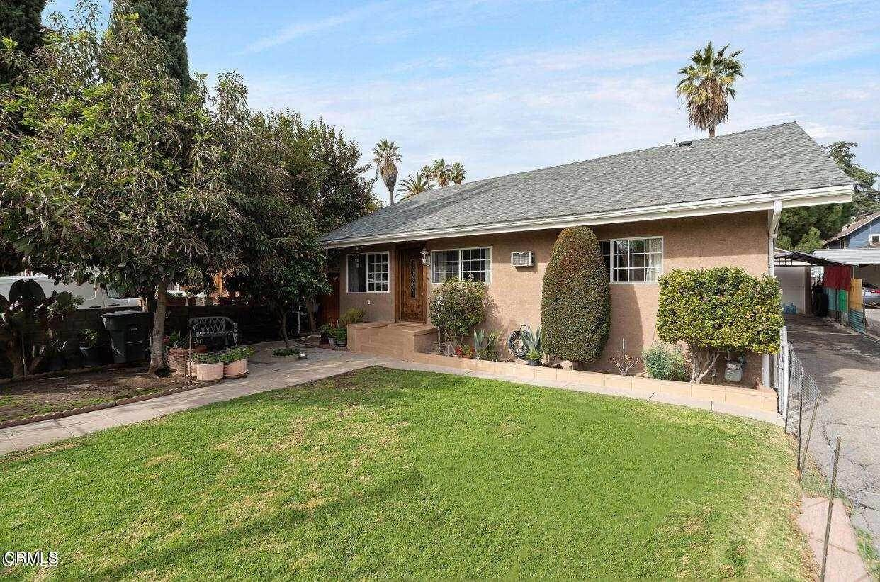 3. Single Family Homes for Sale at 525 East Mountain Street Pasadena, California 91104 United States