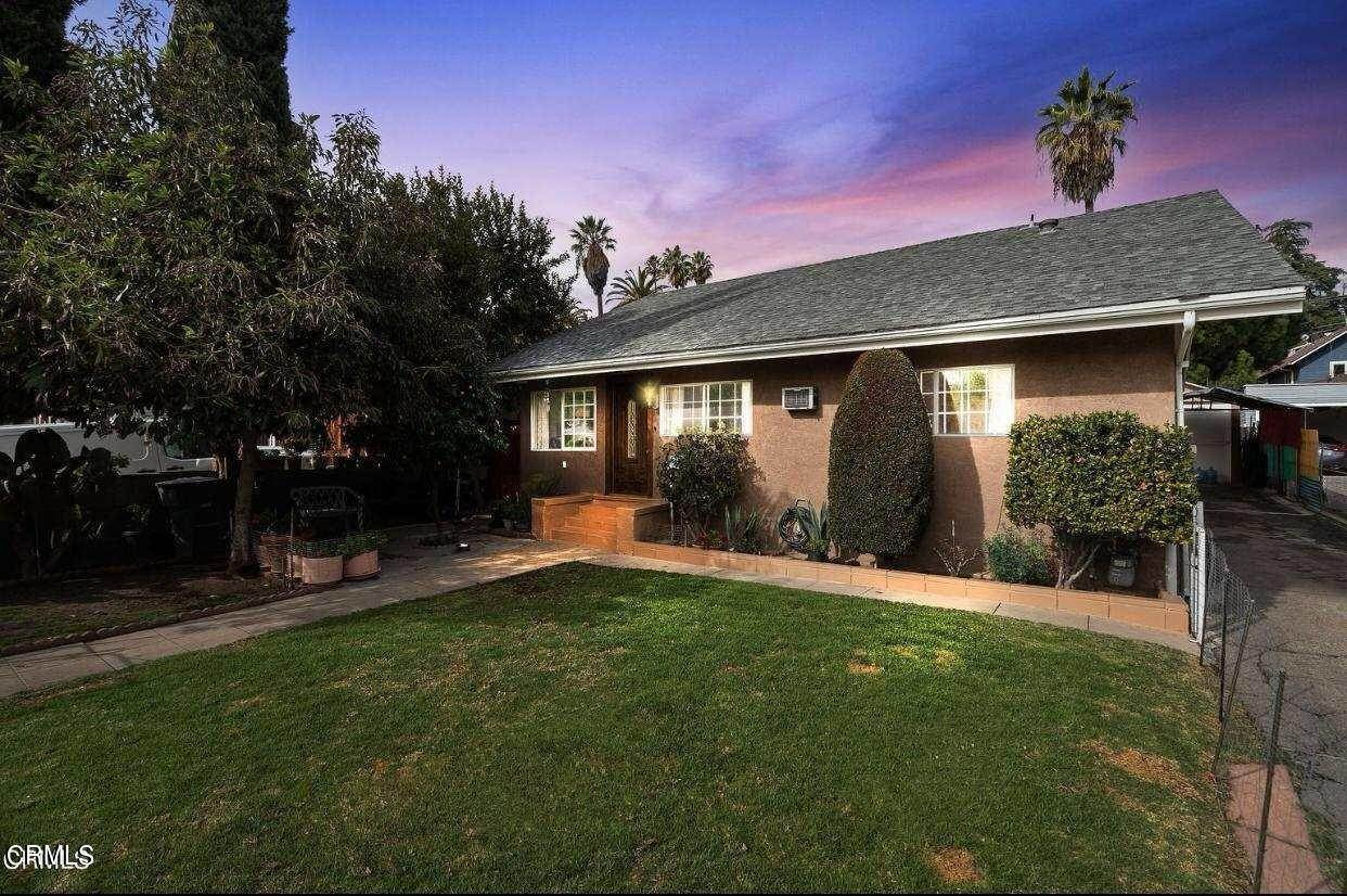 30. Single Family Homes for Sale at 525 East Mountain Street Pasadena, California 91104 United States